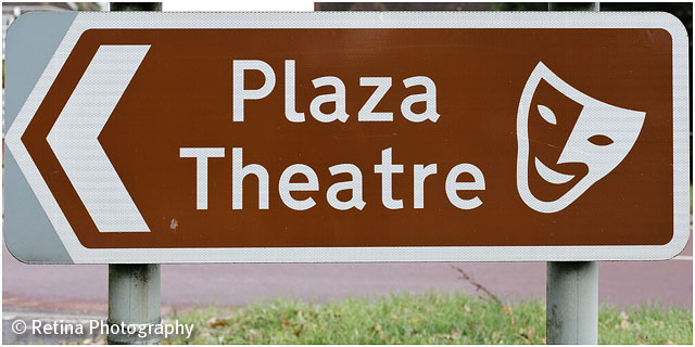 Romsey Plaza theatre National Trust Sign
