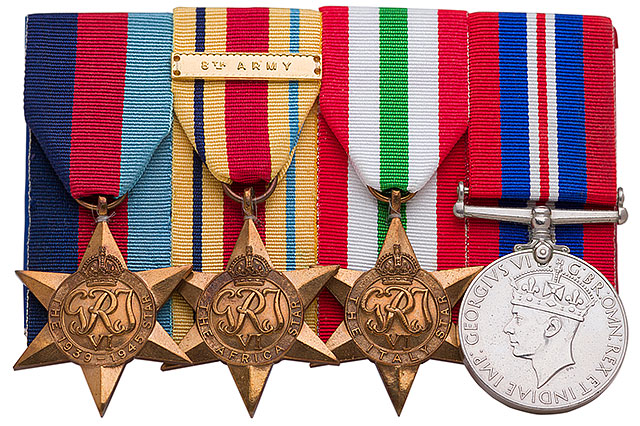 WW II 1939–1945 Star, WW II Africa Star, WW II Italy Star, XX Medals