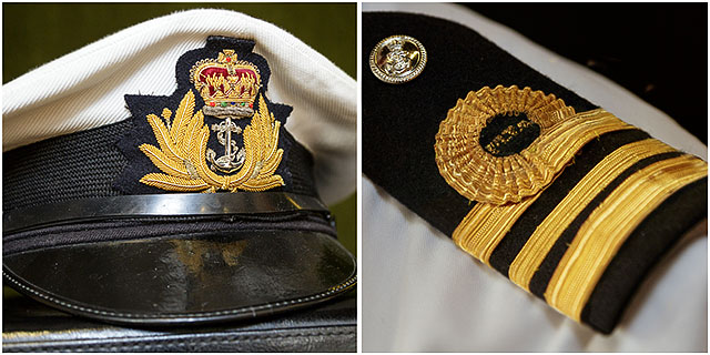 TS Active commanding officers cap and shoulder board