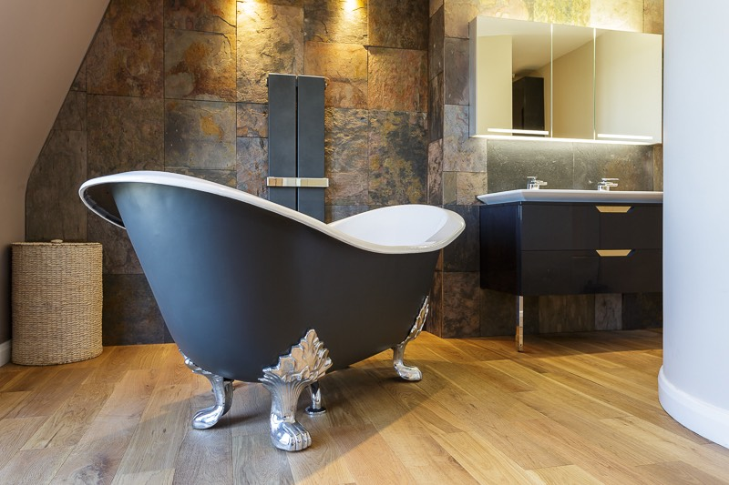 Interior Design Featuring Freestanding Victorian Bath