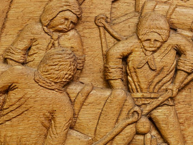 Bicentenaryof Trafalgar shield wood carving detail by the solent guild of woodcarvers and sculptors
